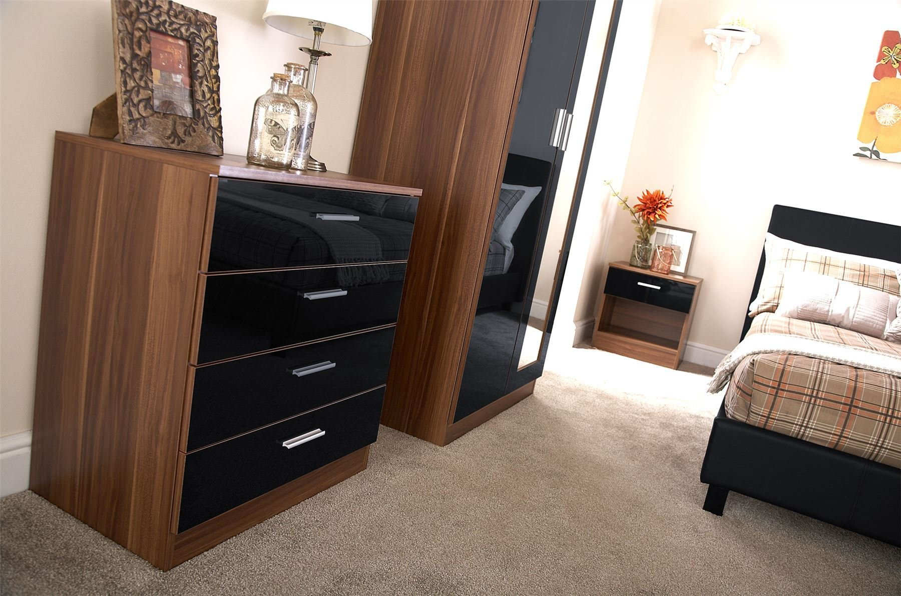 Best Bedroom Furniture 3 Piece Set Black Gloss Walnut With Pictures