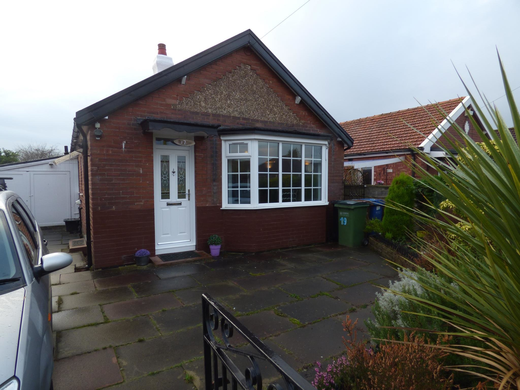 Best 2 Bedroom Detached Bungalow For Sale In 17 Richmond Grove With Pictures