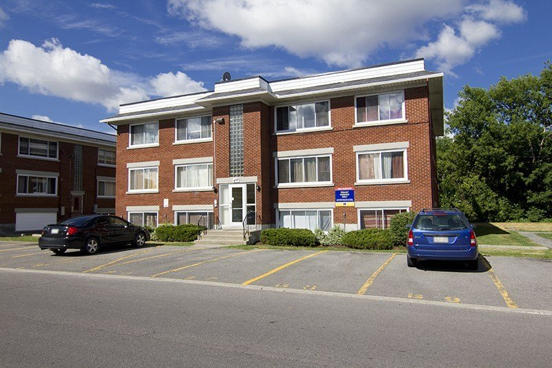 Best Acadia Apartments 374 Lafontaine Street Vanier On With Pictures
