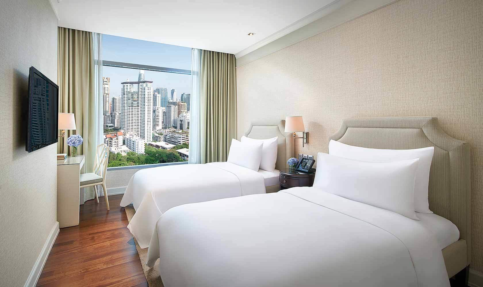 Best Three Bedroom Suite Oriental Residence Bangkok With Pictures