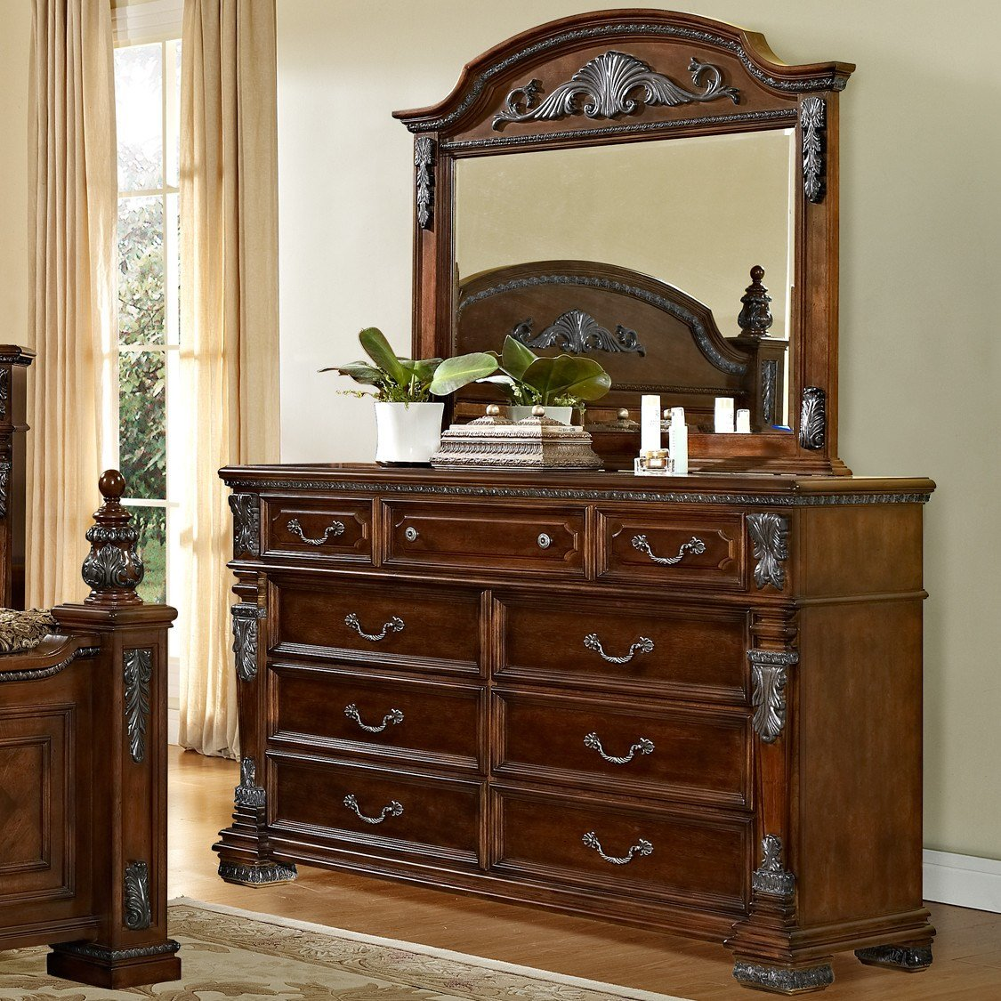 Best Fairfax Home Collections Orleans Customizable Bedroom Set With Pictures