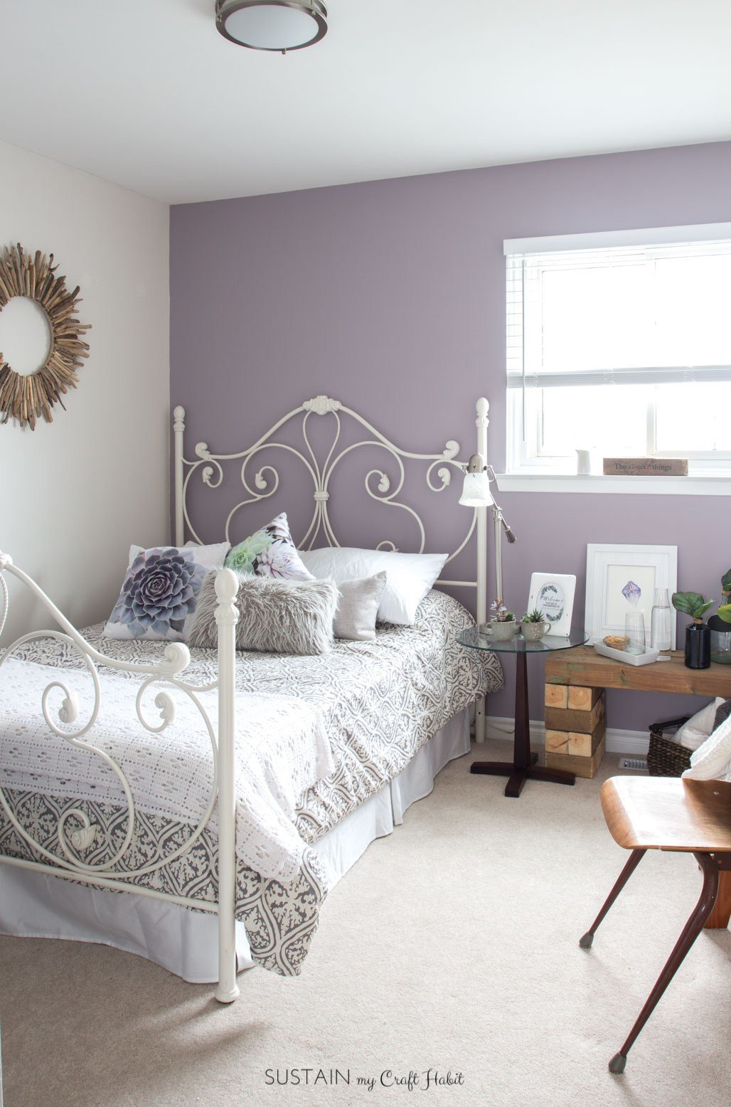 Best Mauve Lous Guest Bedroom Ideas A Simple Spare Room With Pictures