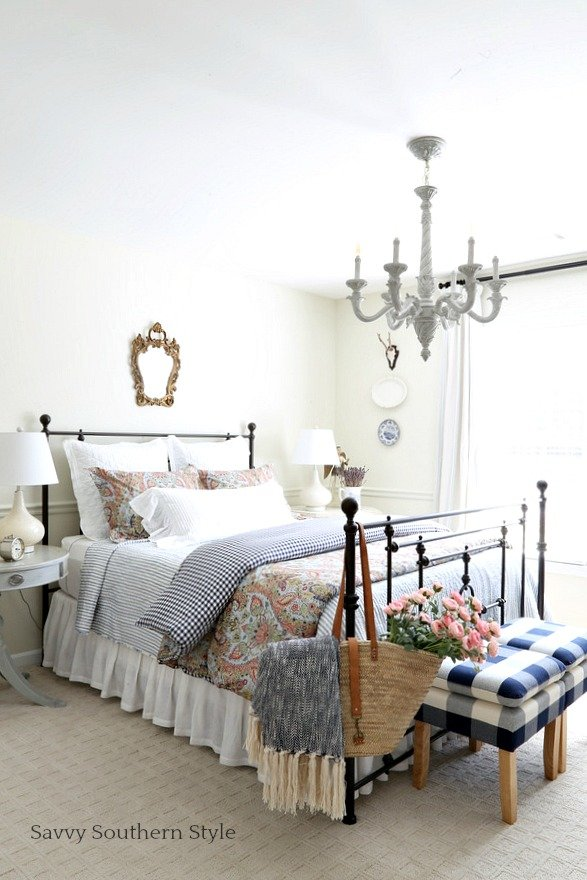 Best Savvy Southern Style Navy And Pink Guest Bedroom For Spring With Pictures