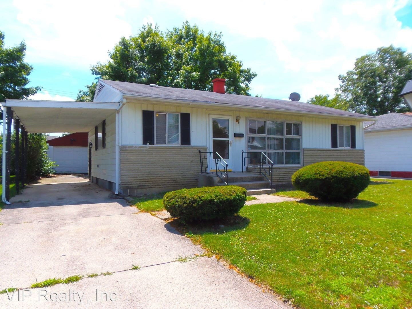 Best 2485 Eakin Rd Columbus Oh 43204 3 Bedroom House For Rent With Pictures