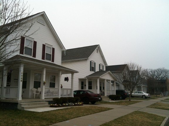 Best 12801 Mack Ave Detroit Mi 48215 4 Bedroom House For Rent With Pictures