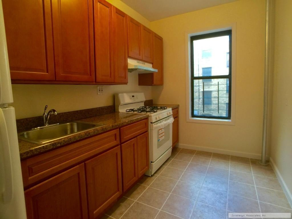 Best Kingsbridge Ave 3E Bronx Ny 10463 1 Bedroom Apartment With Pictures