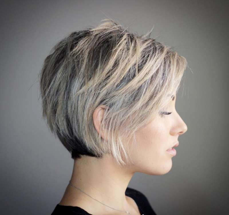 Free 30 Best Short Hairstyles Haircuts 2019 Bobs Pixie Wallpaper