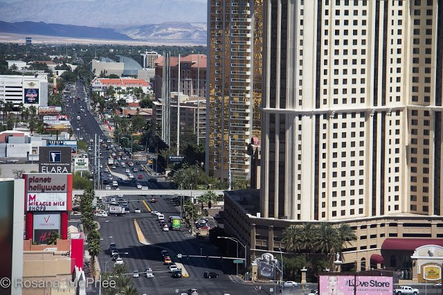 Free Las Vegas Luxury Stays And Eats Hot And Chilli Wallpaper