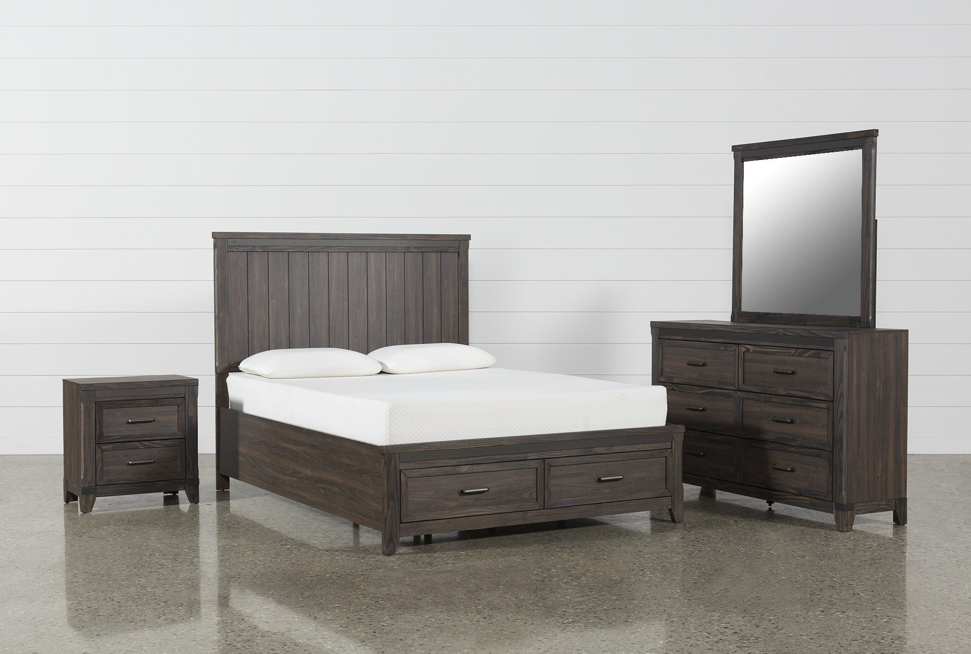Best Hendricks 4 Piece Eastern King Bedroom Set Living Spaces With Pictures
