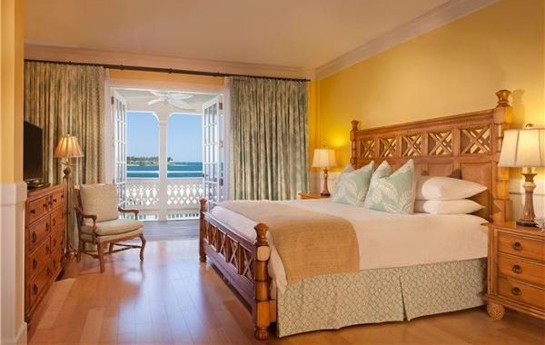 Best Oceanside Key West Hotel Rooms Pier House Resort Spa With Pictures