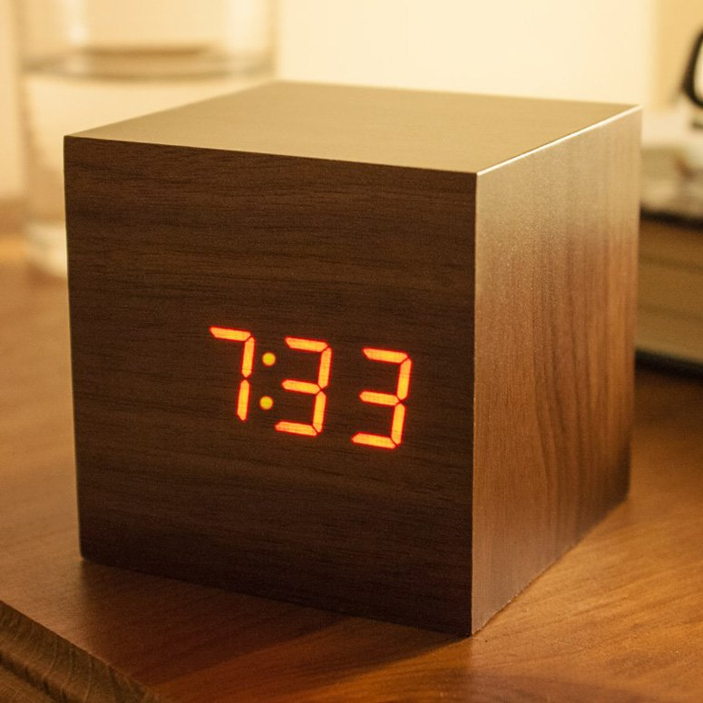 Best Sound Activated Wooden Cube Clock The Green Head With Pictures