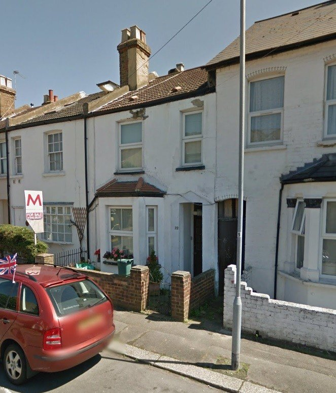 Best Bright And Spacious 3 Bedroom House To Let In Central With Pictures