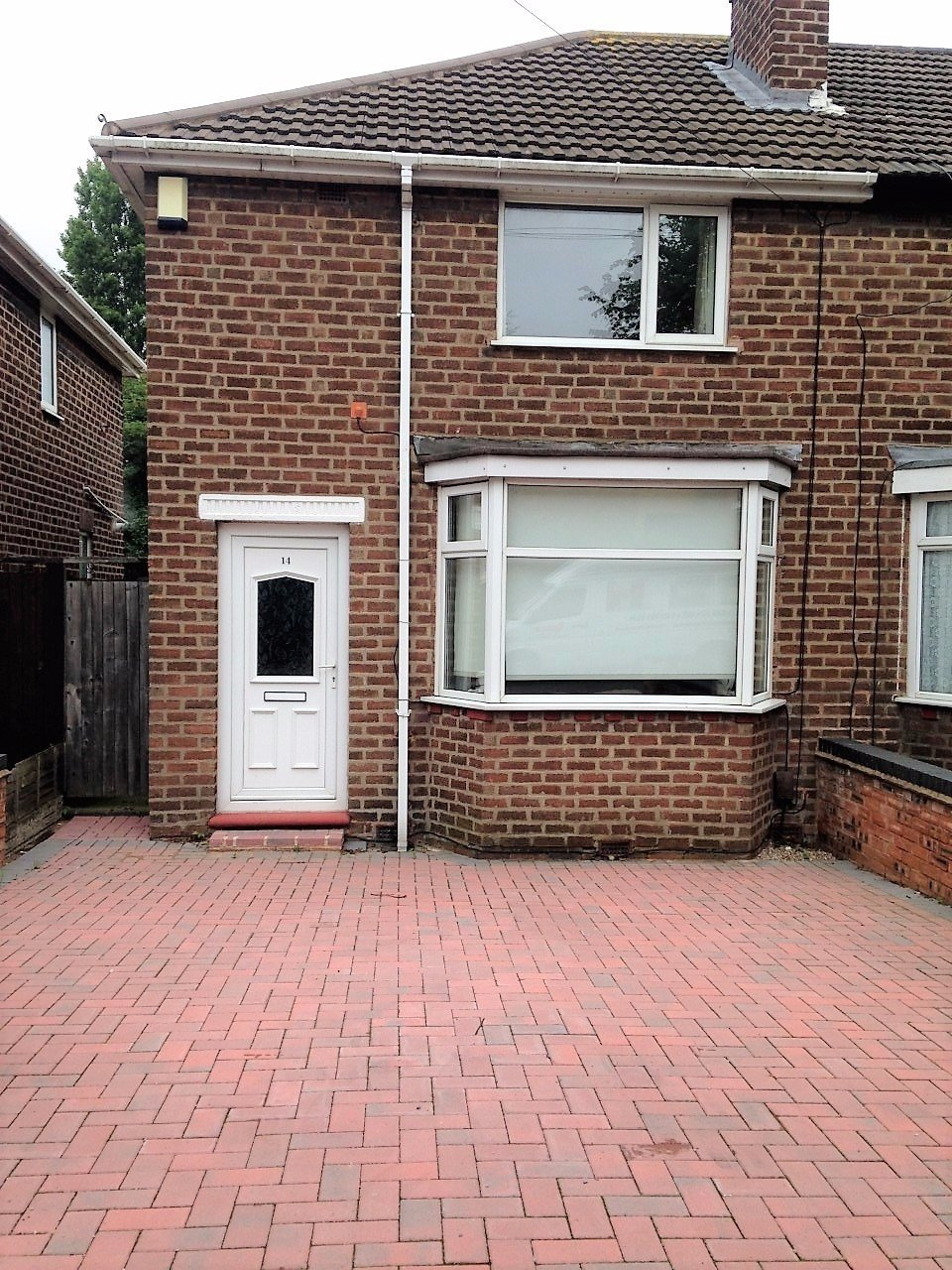Best 2 Bedroom House To Let In Elliston Avenue Great Barr With Pictures