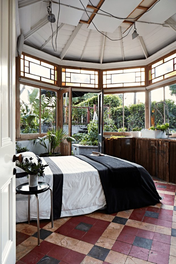 Best 12 Charming Guest Bedrooms You Ll Want To Recreate With Pictures