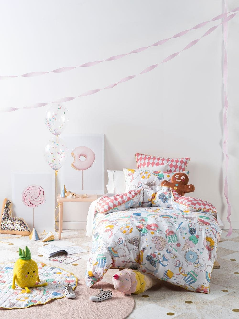 Best 10 Cute Colourful Theme Ideas For Kids Bedrooms With Pictures