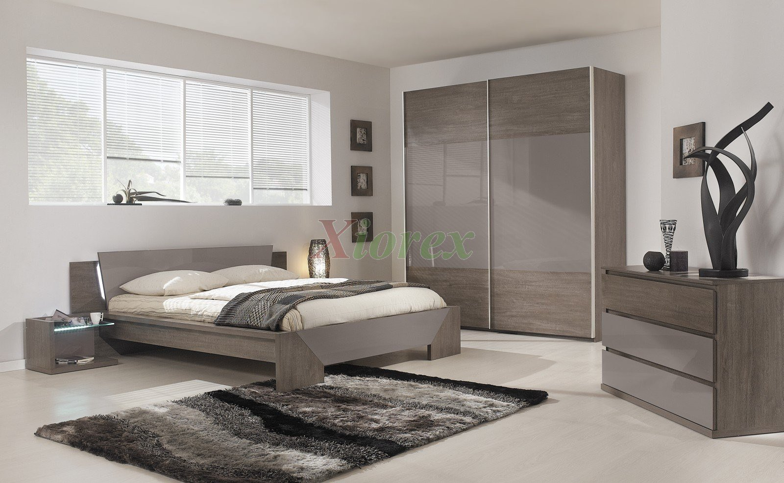 Best Modern Bed Gami Trapeze Bed Set Modern Bedroom Set By With Pictures