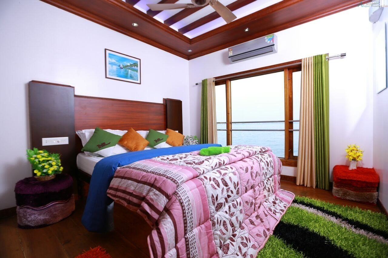 Best 5 Bedroom Premium Houseboat Full Ac Alleppey Houseboat Club With Pictures