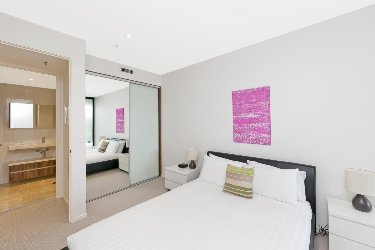 Best 1 Bedroom Executive Apartment In Canberra Civic Manhattan With Pictures