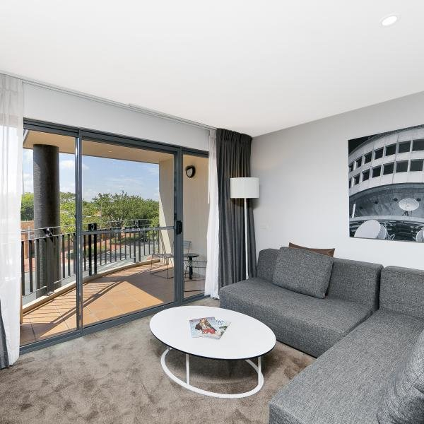 Best 2 Bedroom Executive Apartment In Canberra Kingston The With Pictures