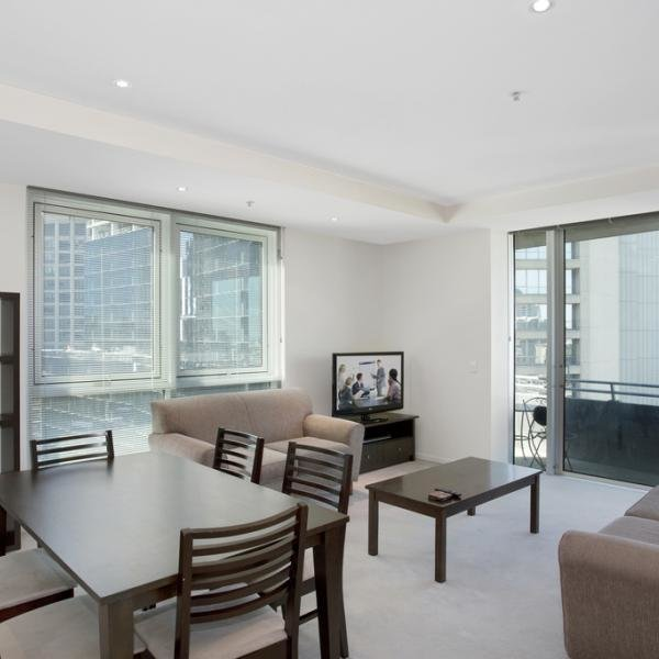 Best 2 Bedroom 1 Bathroom Apartment In Melbourne Cbd Collins With Pictures