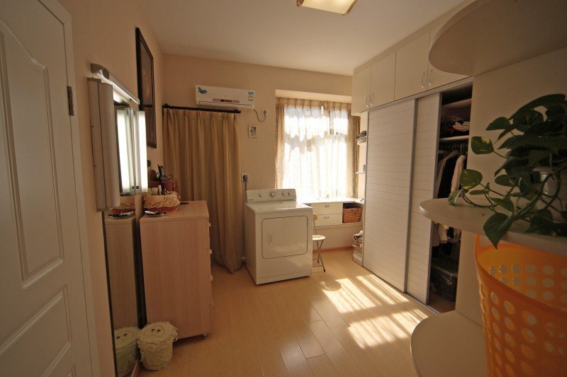Best Cloud Pagoda Bedroom Dressing Room Master Bathroom With Pictures