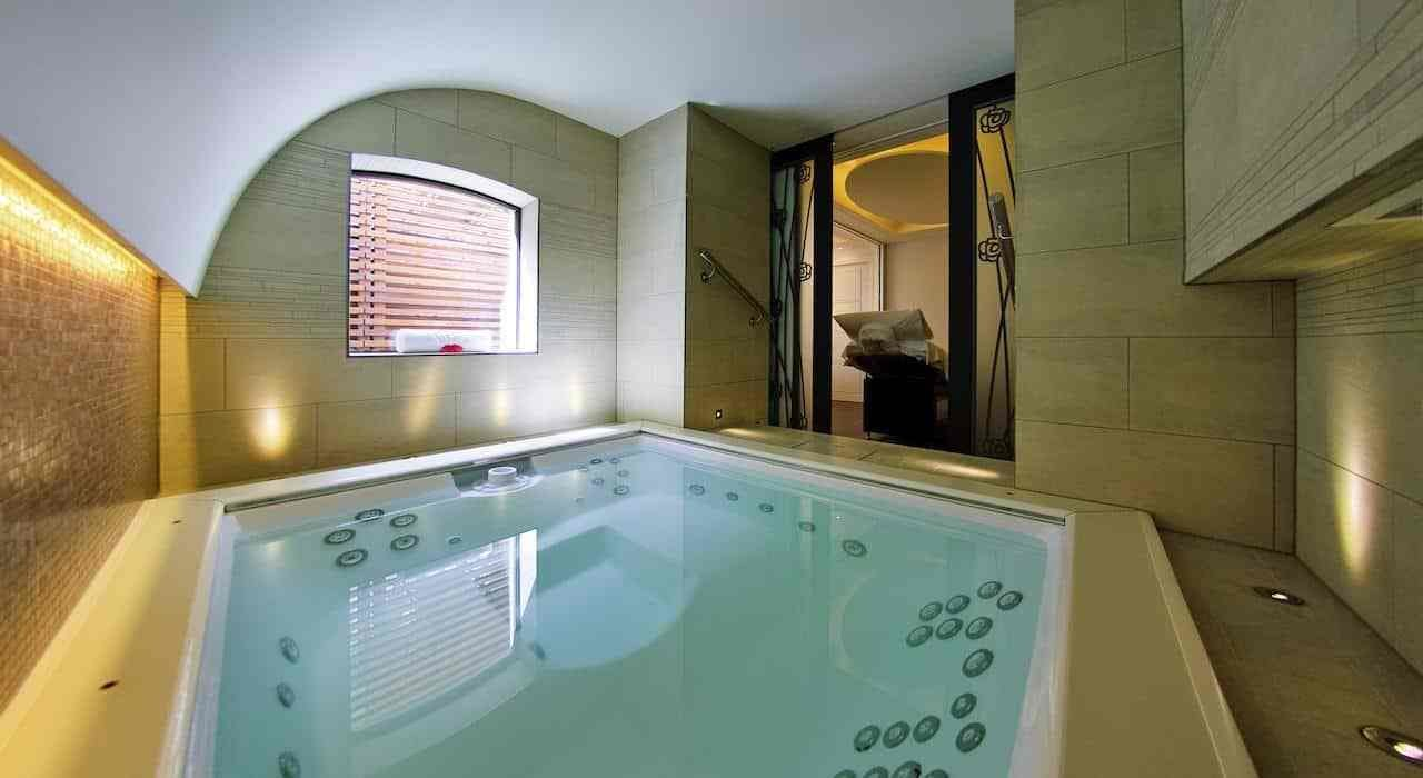 Best The Best London Hotels With Hot Tubs And Jacuzzi Itsallbee With Pictures