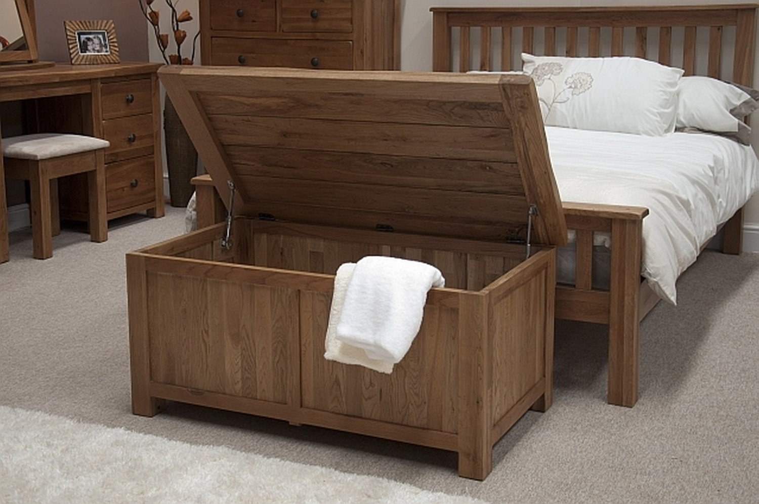 Best Tilson Solid Rustic Oak Bedroom Furniture Blanket Storage With Pictures