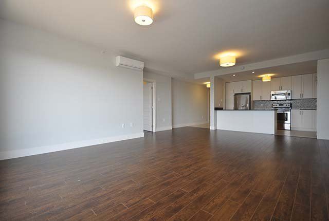 Best 2 Bedroom Apartments For Rent Bedford At 76 Place Apartments Renterspages Com With Pictures