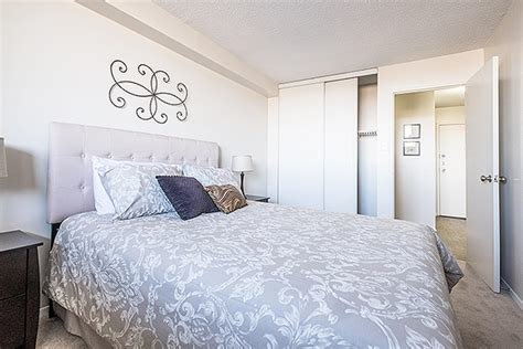 Best 1 Bedroom Apartments For Rent Ottawa At Riverside Towers Renterspages Com With Pictures