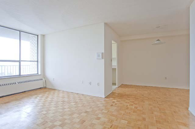 Best 2 Bedroom Apartments For Rent Scarborough At 30 Tuxedo With Pictures