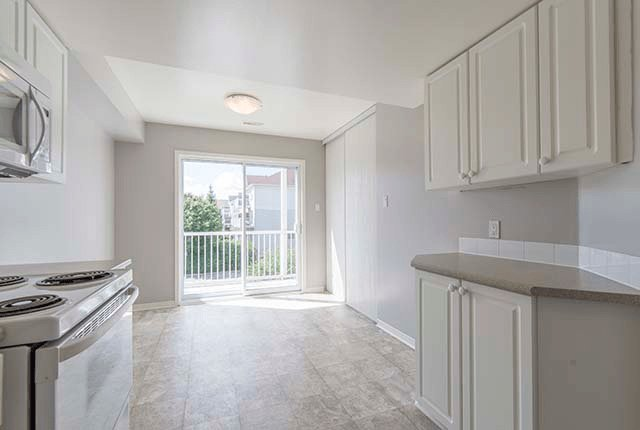 Best 2 Bedroom Apartments For Rent Ottawa At Jubilee Townhomes With Pictures