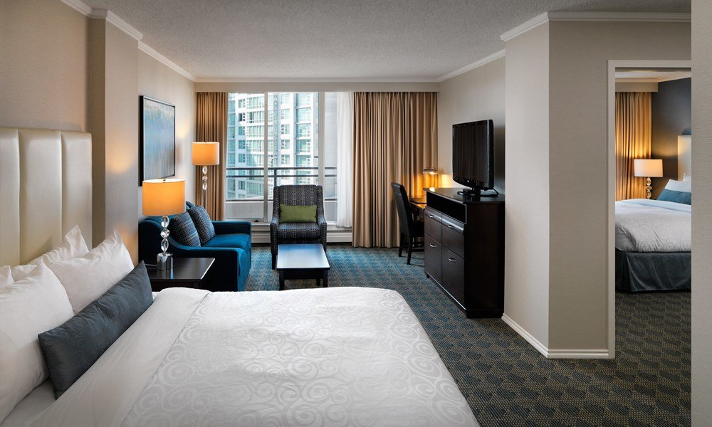 Best One Bedroom Suites Chateau Victoria Hotel And Suites With Pictures