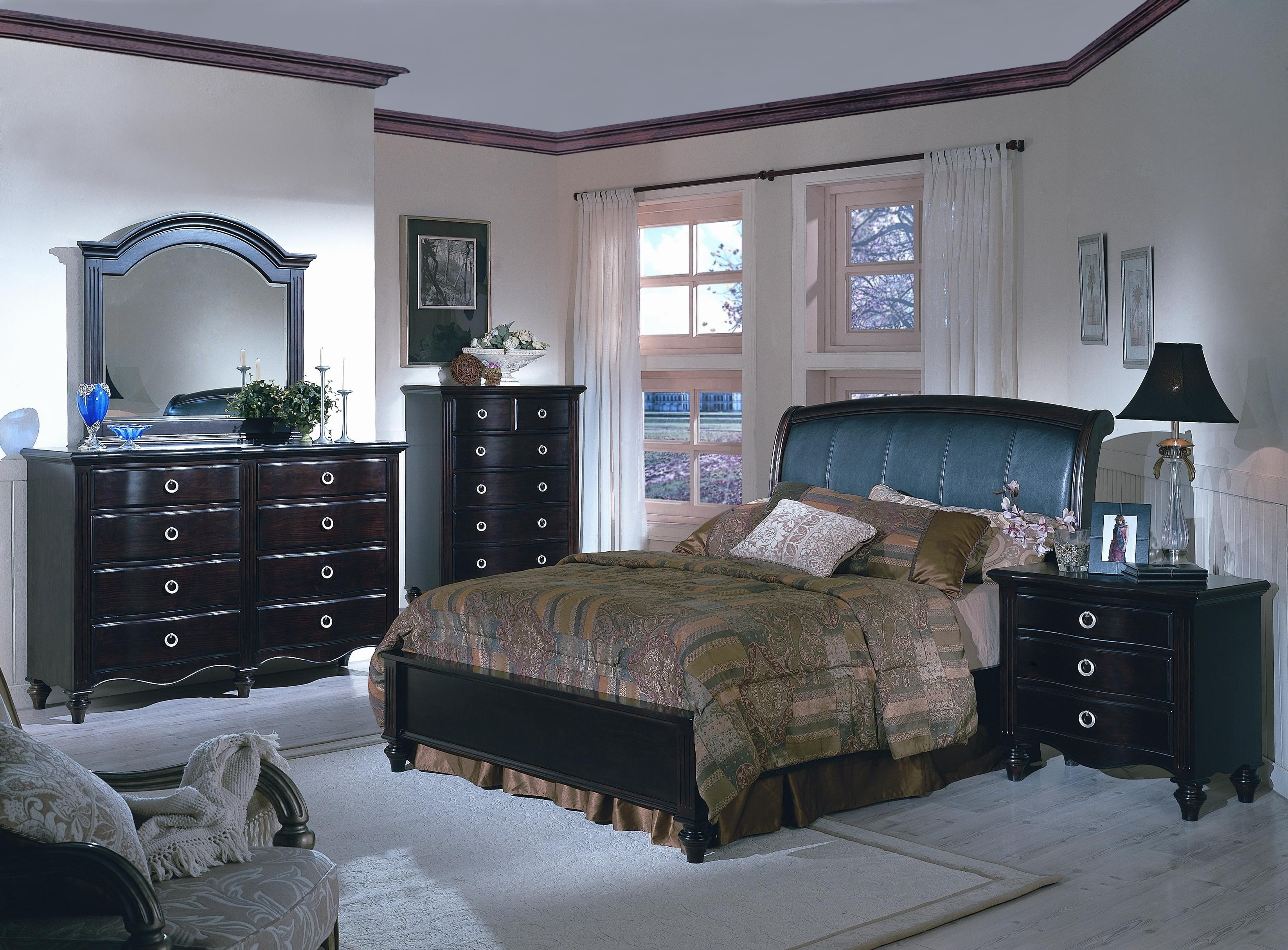 Best Queen Bedroom Set With Leather Padded Headboard With Pictures