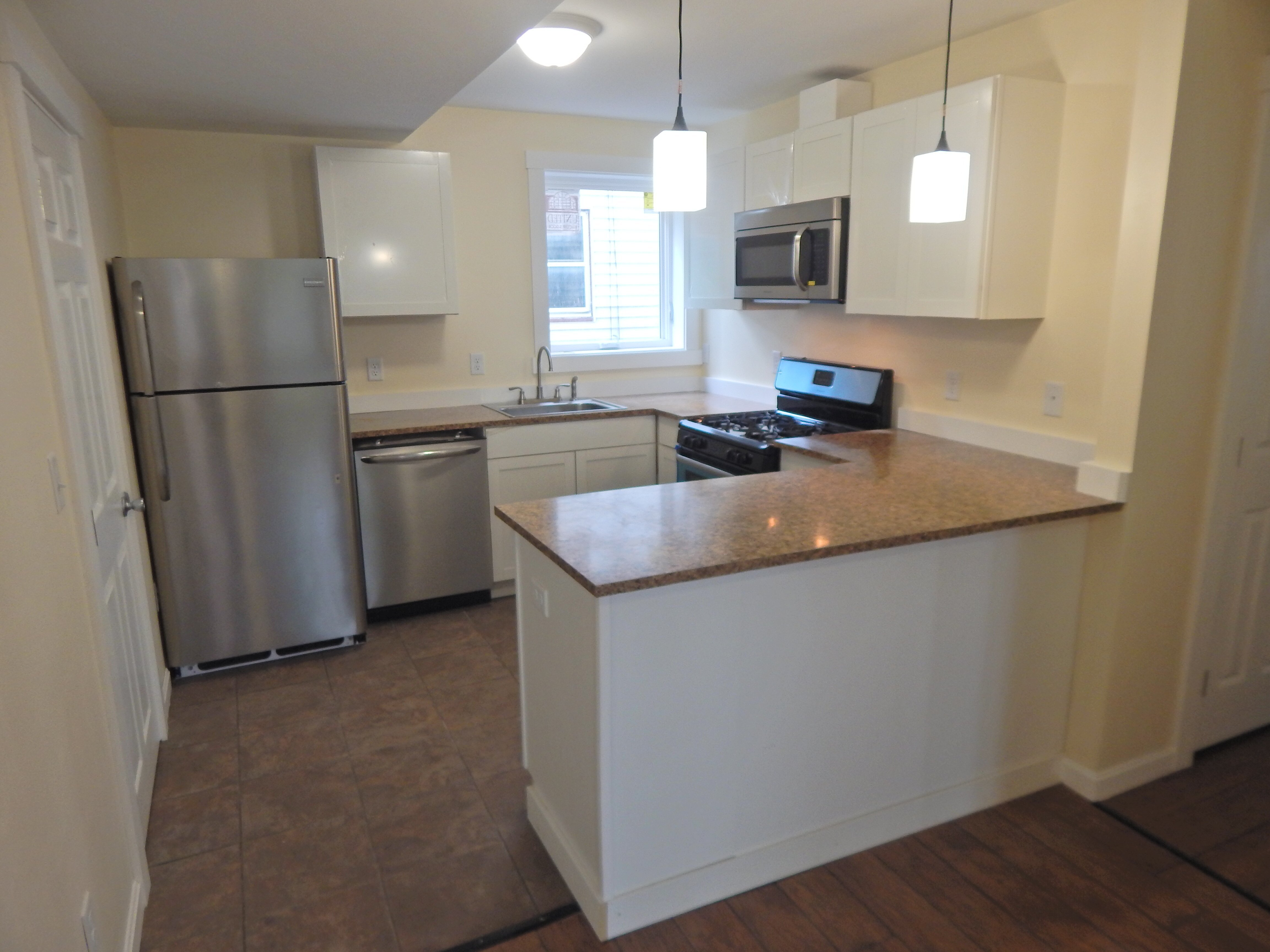 Best Brand New 3 Bedroom Apartment Near University Of New With Pictures