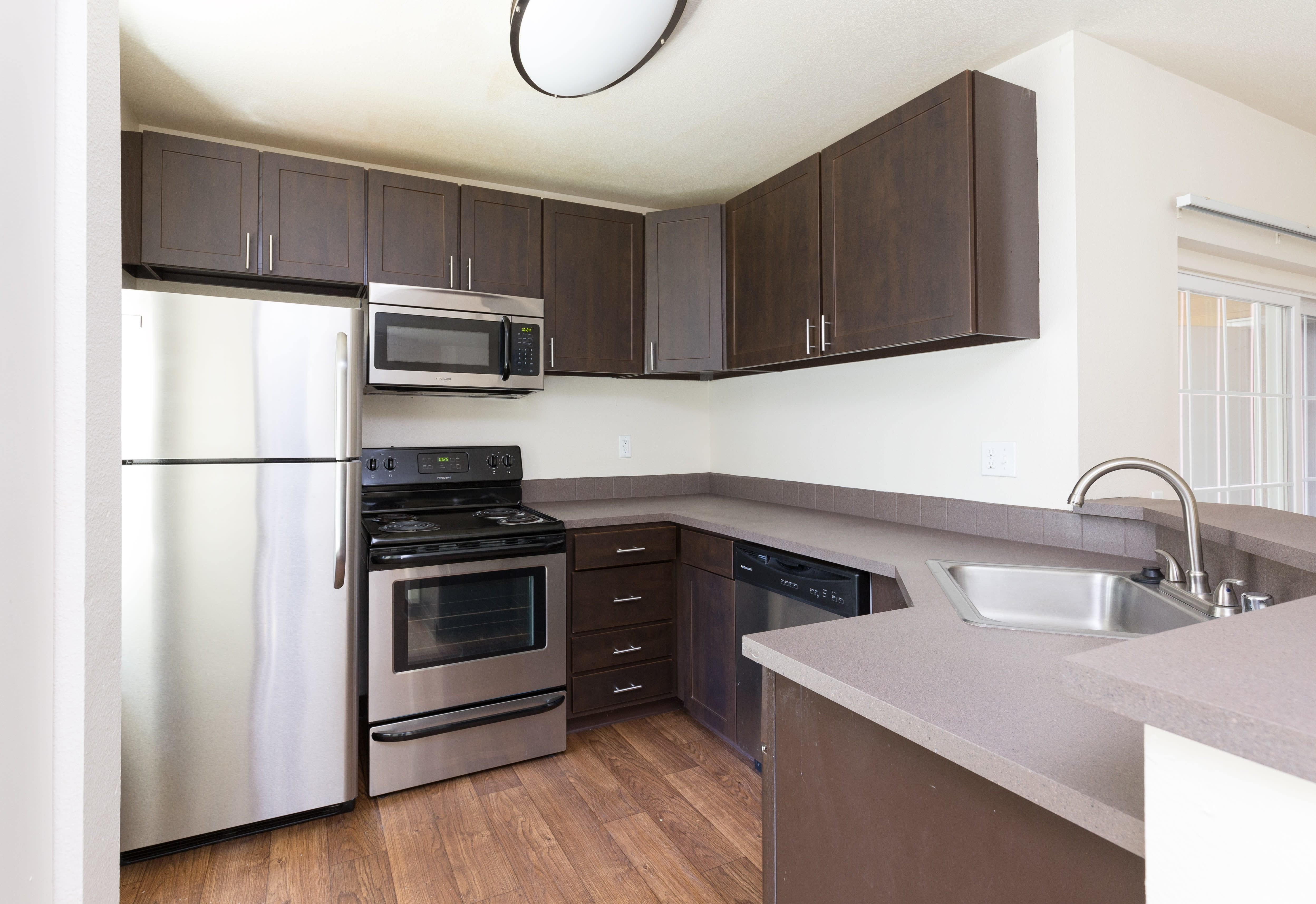 Best Upgraded Studio 1 2 3 Bedroom Apartments In Vancouver Wa With Pictures