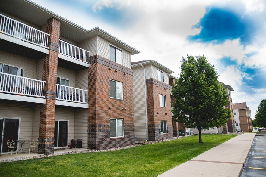 Best West Village Apartments Ames Ia Apartment Finder With Pictures
