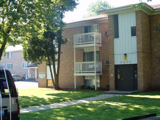Best Creekview Apartments Rockford Il Apartment Finder With Pictures