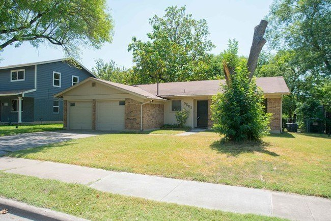 Best 3 Bedroom 2 Bath Home For Rent Austin Tx Apartment Finder With Pictures