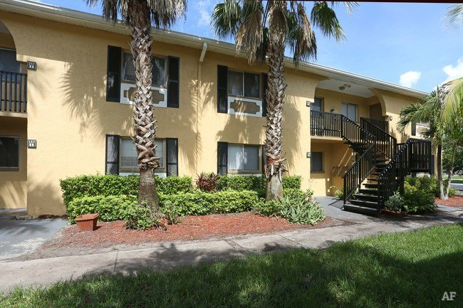 Best Park Place East Fort Myers Fl Apartment Finder With Pictures