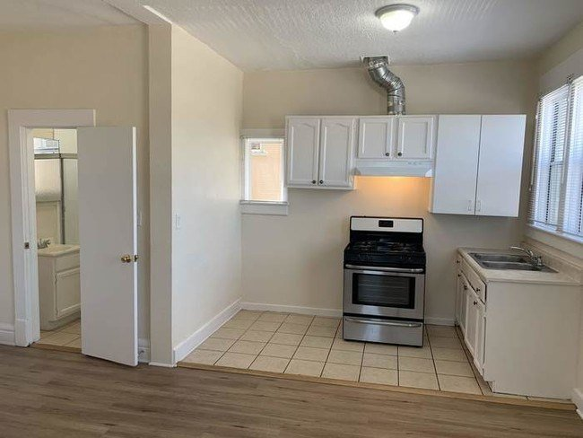 Best 1 Bedroom Apartment For Rent In Long Beach Long Beach Ca Apartment Finder With Pictures