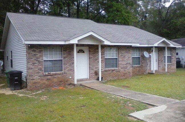 Best Two Bedroom Duplex Tallahassee Fl Apartment Finder With Pictures