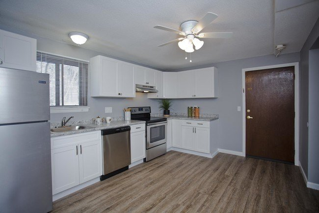 Best Partridge Hollow Apartments Chicopee Ma Apartment Finder With Pictures