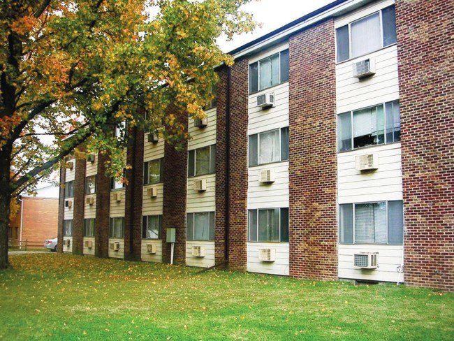 Best Saluki Apartments Carbondale Il Apartment Finder With Pictures
