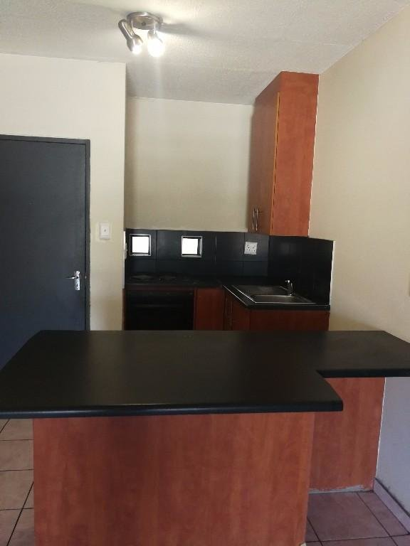 Best Nice 2 Bedroom Flat Available At The Wall Hatfield Pretoria With Pictures