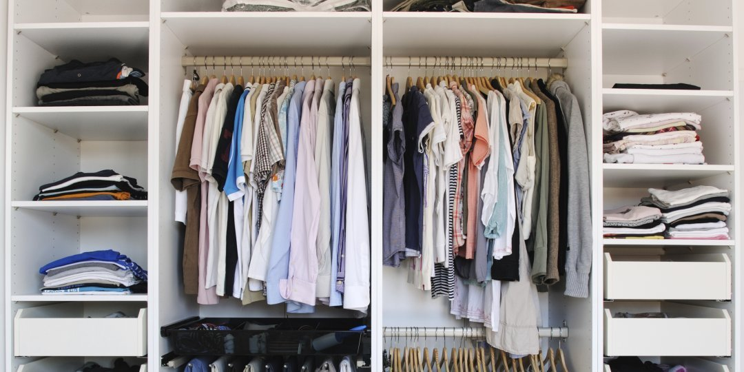 Best How To Organize Your Closet Askmen With Pictures