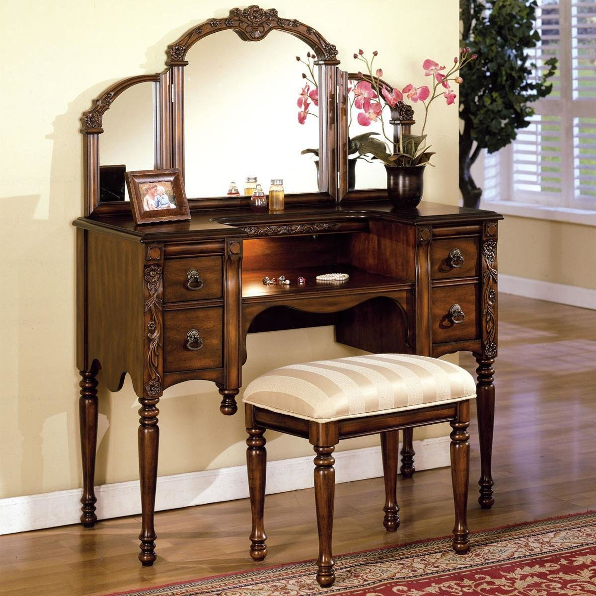 Best Acme Furniture Ashton Vanity Table Stool And Mirror Set With Pictures