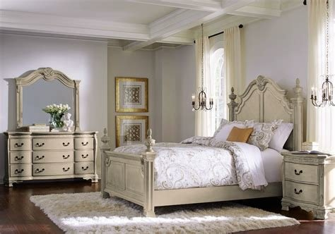 Best Cortinella Cream 5 Pc Queen Poster Bedroom Queen Bedroom With Pictures
