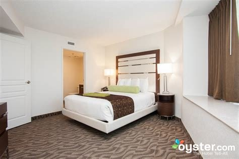 Best The 2 Bedroom Suite At The Atlantic Palace Suites Oyster Com With Pictures