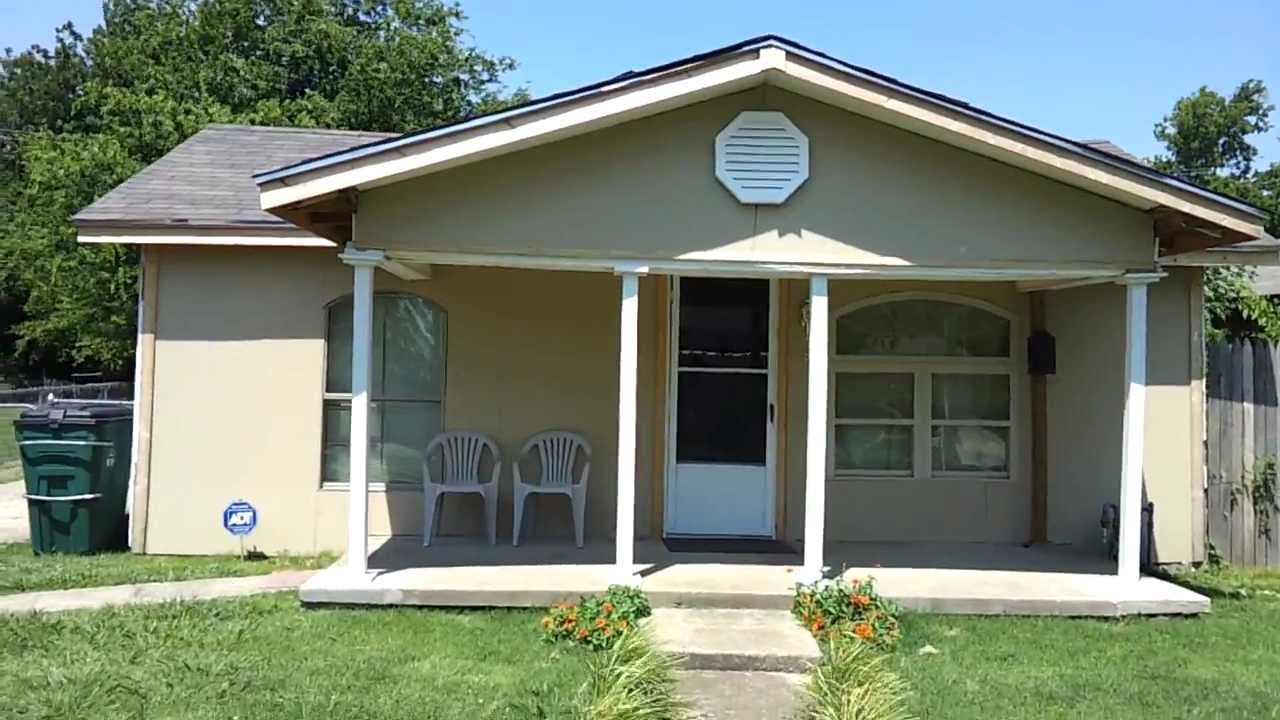 Best Cheap 2 Bedroom House Near Booker T In North Tulsa Youtube With Pictures
