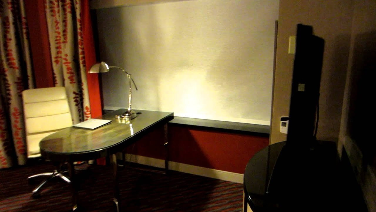 Best Tower One Bedroom Suite Mgm Grand Las Vegas Handicapped With Pictures